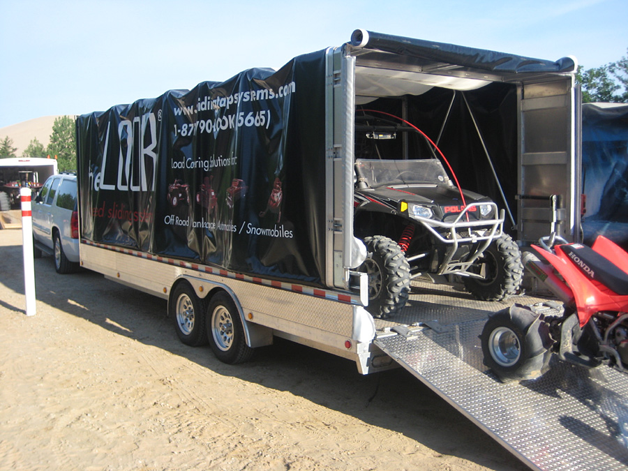 Truck Bed Tarp >> Rolling Soft Cover Canopy Flatdeck Utility Trailers